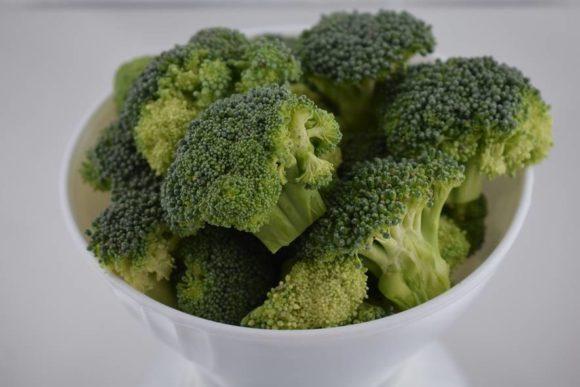 Reducir el hambre en el mundo y prevenir el cáncer con una planta. ¿La conoces?